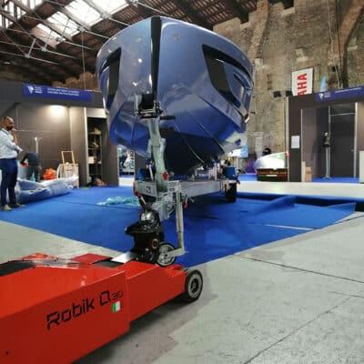 Robik Q30 / Electric tug